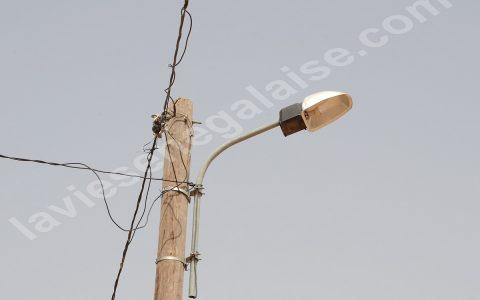 Electrification de 1 400 villages