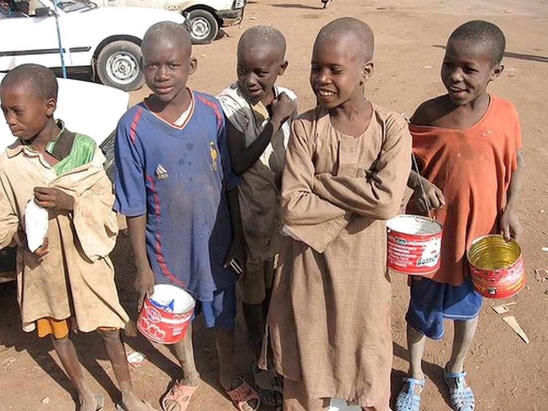 enfants dans la rue