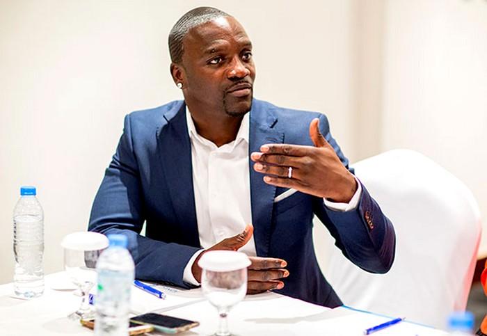 Akon -mobilise - Milliards pour l'Afrique