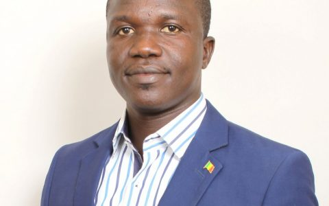 Elimane Fall du Mouvement PELLITAL rejoint Macky Sall