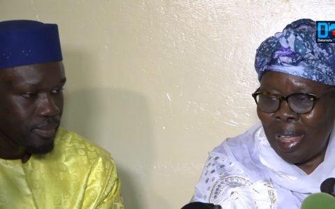 Ousmane Sonko et sa Maman