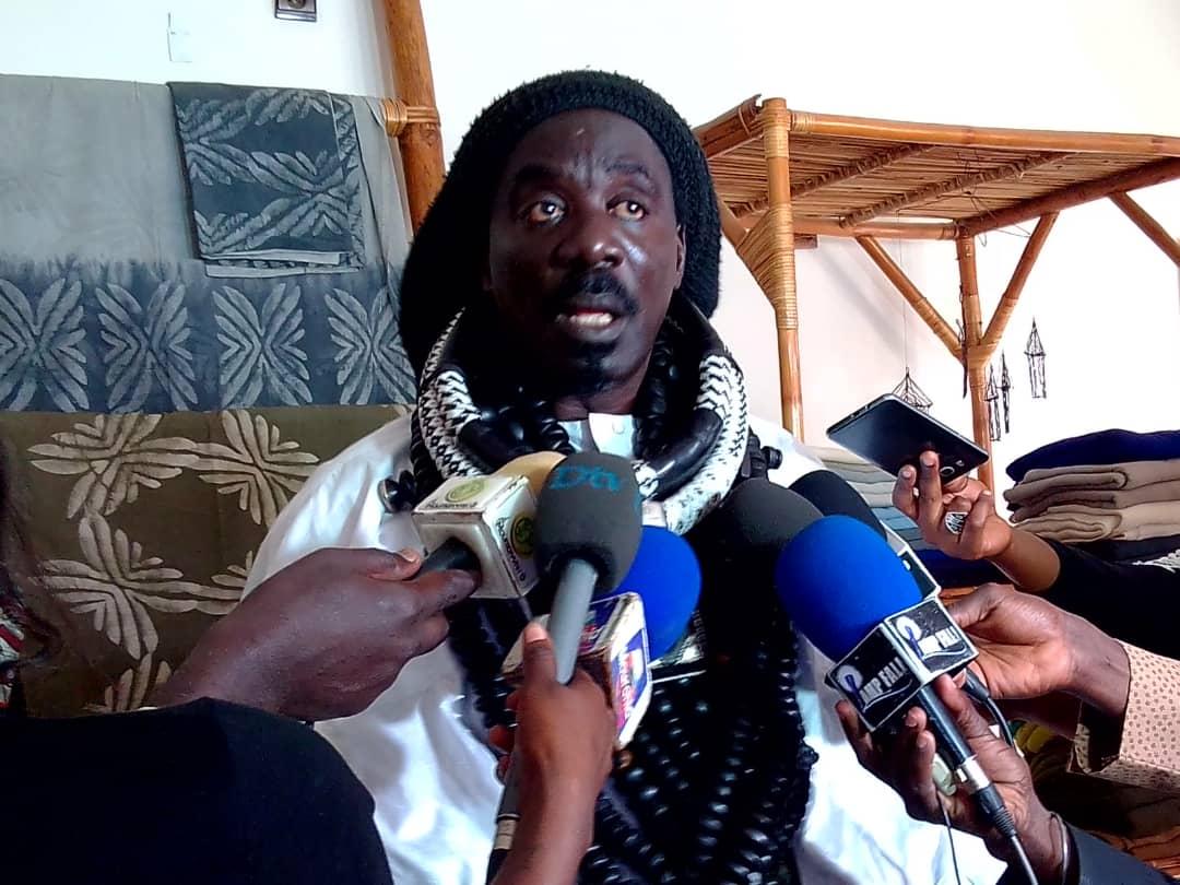 """Publication du livre """" Diazboule Mouride """" pour partager le message de Mame Cheikh Ibrahima Fall"""