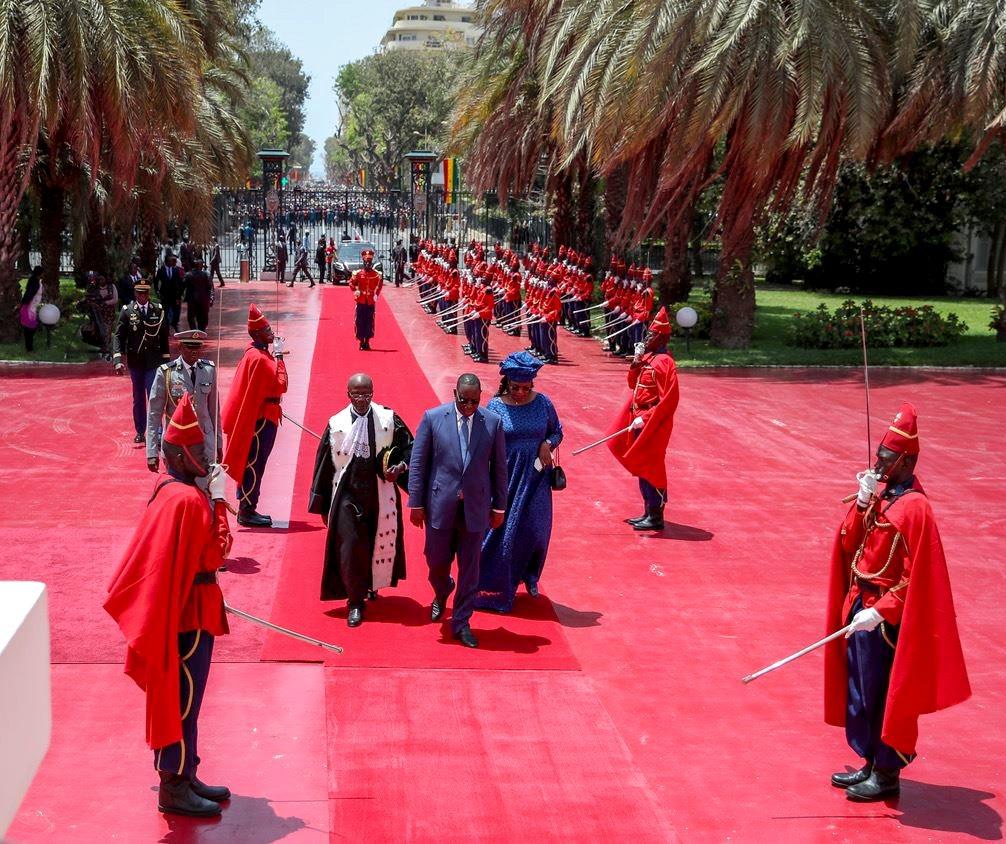 Macky Sall rejoint son Palais