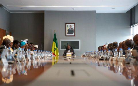 Nouveau Gouvernement au Palais