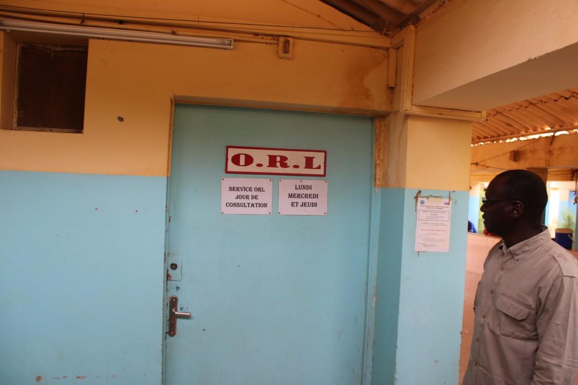 Médecin ORL à l'hôpital de Ourossogui