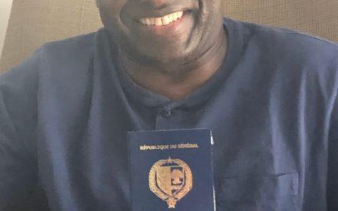 Un Passeport Diplomatique pour Achille Mbembe