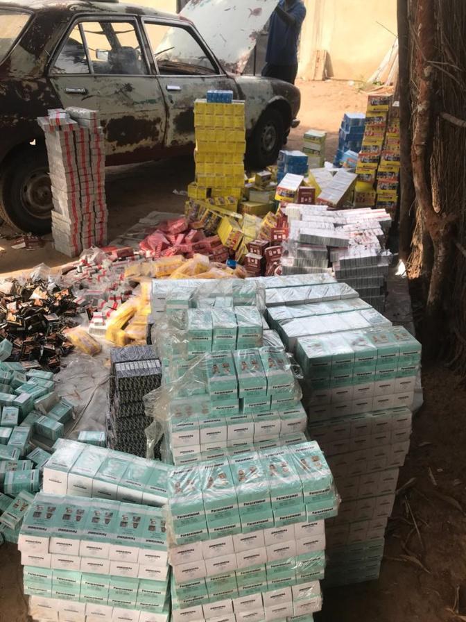 La douane saisie un stock de faux médicaments
