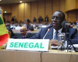 Macky SALL fait un don d'environ 300 millions de F CFA pour renforcer le fonds pour la paix