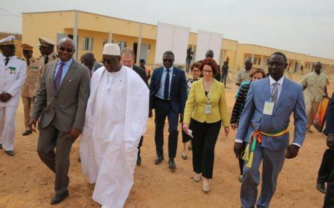 Macky Sall et Serigne Mbaye Thiam
